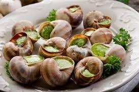 18 décembre 2020 : escargots, huile de noix, vin du Loup des Vignes